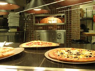 Chuck's Pizza at Mill Plain
